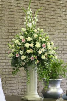 WEDDING FLOWERS Mass Arrangements CREAM & WHITE & a Touch of Pink Roses... Penny Gum... Gerberas... Lillies... Lizzies