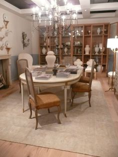 This Choate Dining Table From The Suzanne Kasler Collection Was Stunning Hickory Dining Room Sets Decorating Inspiration