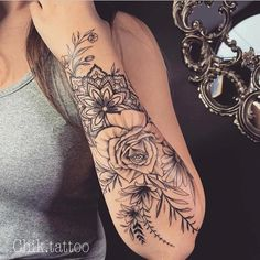 Beautiful Ways to Flower Tattoo Sleeve for Women (Designs Inspiration - Tattoos - Tattoo Designs for Women Rose Tattoos, Body Art Tattoos, New Tattoos, Tatoos, Styles Of Tattoos, Arm Tattoos Color, Anklet Tattoos, Piercing Tattoo, Piercings