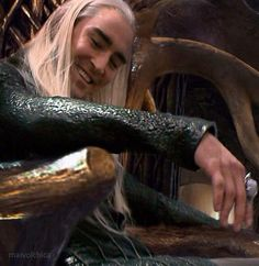 #LeePace as #Thranduil behind the scenes of The Hobbit: The Desolation of Smaug Extended Edition.