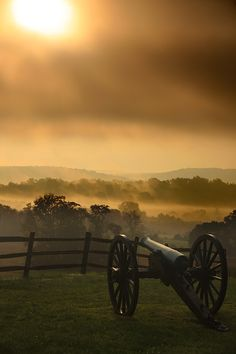 Sunrise over Antietam Battlefield with cannon  Whysall photography