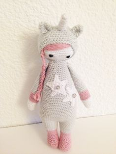 unicorn mod made by Elise C. / based on a lalylala crochet pattern