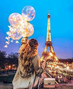 New travel diary paris eiffel towers ideas Eiffel Tower Photography, Paris Photography, Photography Poses, Photography Aesthetic, Beautiful Paris, Paris Love, Paris Paris, Paris Pictures, Paris Photos