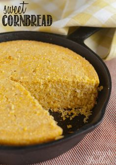 To remind me to make cornbread in my iron skillet like my Dad used to. (gaw) I love this Sweet Cornbread recipe. It's moist and perfectly sweet. Bake it in a cast iron skillet for that irresistible crispy crust. Making some tonight! How To Make Cornbread, Sweet Cornbread, Jalapeno Cornbread, Cornbread Recipes, Cornbread Recipe Without Milk, Cornbread Recipe For Two, Homemade Cornbread, Iron Skillet Recipes, Cast Iron Recipes