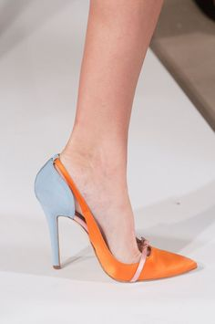 Oscar de la Renta Spring 2014..wonder if I could get an anniversary pair of oscars every year?!?!