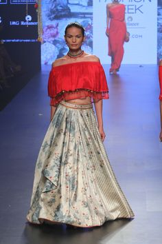 Tarun Tahiliani | Lakme Fashion Week Summer Resort 2017 #PM #LFWSR2017 #indiancouture
