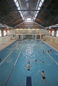 Amsterdam, Zuiderbad, built in 1897, architect Jonas Ingenohl, art deco, capitol, Holland, swimming, pool, indoor