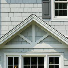 Hardie Shingle Siding Home Design Ideas, Pictures, Remodel and Decor Craftsman Exterior, Cottage Exterior, Exterior Trim, Exterior House Colors, Exterior Design, Craftsman Style, Exterior Paint, Craftsman Farmhouse, Bungalow Exterior