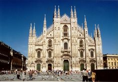 Milan Cathedral (Duomo) Links to video - aerial & interior views Milano Milan Cathedral, Barcelona Cathedral, Interactive Map, Notre Dame, Places Ive Been, Europe, Tours, Explore, Cathedrals