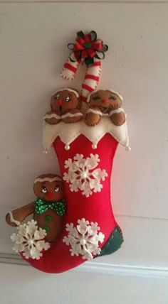 Felt Christmas Stockings, Felt Stocking, Felt Christmas Ornaments, Christmas Themes, Christmas Wreaths, Christmas Crafts, Christmas Decorations, Xmas, Holiday Decor