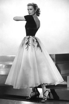 that film ... dress - Grace Kelly - Janela Indiscreta
