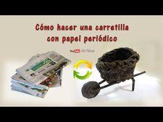 Carretilla con papel periódico
