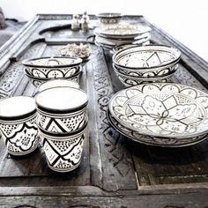 Je huis cultureel verrijken kan al met de kleinste voorwerpen, zoals dit etnische servies.