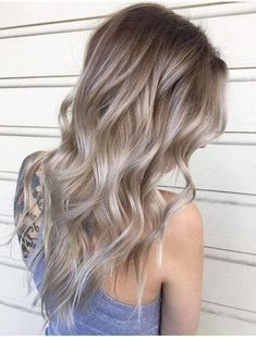 50 Ash Blonde Hair Color Ideas Ash blonde is a shade of blonde that's slightly gray tinted with cool undertones. Today's article is all about these pretty 50 Ash Blonde Hair Color. Dark Blonde Hair Color, White Blonde Hair, Dyed Blonde Hair, Hair Color Shades, Balayage Hair Blonde, Ombre Hair Color, Cool Hair Color, Hair Colors, Hair Dye