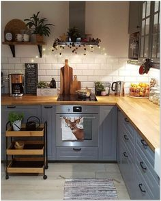 surprising small kitchen design ideas and decor 26 ~ mantulgan.me surprising small kitchen design i. Home Decor Kitchen, Country Kitchen, Kitchen Interior, New Kitchen, Summer Kitchen, Kitchen Wood, Design Kitchen, Open Shelf Kitchen, Kitchen Hair