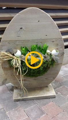 Easter Crafts, Seasons, Table Decorations, Hobbit, Holiday, Furniture, Design, Home Decor, Flower Arrangement
