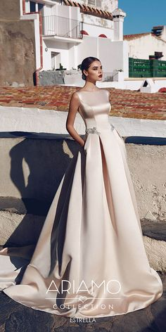 Wonderful Perfect Wedding Dress For The Bride Ideas. Ineffable Perfect Wedding Dress For The Bride Ideas. Wedding Dresses 2018, Elegant Wedding Dress, Bridal Dresses, Outfit Chic, Ball Dresses, Beautiful Gowns, The Dress, Dress Collection, Vintage Dresses