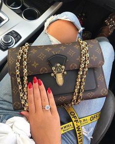 732df6e9ff5 𝑷𝒊𝒏𝒕𝒆𝒓𝒆𝒔𝒕   ♥ Barika ♥ Vuitton Bag, Louis Vuitton Handbags, Purses  And Handbags,
