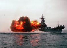 Post with 430 views. USS Iowa firing a broadside Naval History, Military History, Uss Pensacola, Model Warships, Uss Iowa, Us Battleships, Capital Ship, Go Navy, Us Navy Ships