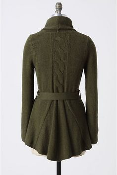 Even though it's hot outside, my heart longs for this warm & cozy piece... I LOVE THIS!