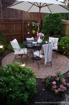 Urban Picnic Small Backyard Entertaining Tips-17