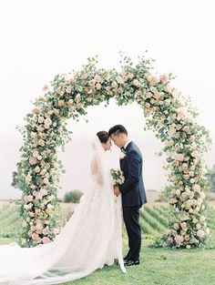 Perfect Blush and Blue Pastel Wedding at Catalina View Gardens Metal Wedding Arch, Wedding Arch Rustic, Metal Arch, Wedding Arches, Floral Wedding Decorations, Wedding Flowers, Decor Wedding, Wedding Centerpieces, Wedding Bouquets