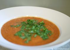 5:2 Diet Recipe - Cream of Tomato Soup - Low calorie diet tomato soup made with almond milk and cauliflower. Vegetarian and Vegan - a healthy diet soup