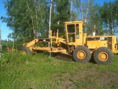 1985 Caterpillar 14G  http://www.heavyequipmentregistry.com/heavy-equipment/12461.htm