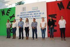 Participa la presidente municipal Dionicia Loredo Suárez en el desfile cívico con motivo del 206 aniversario del inicio de la...