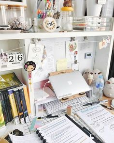 57 types of study room to consider when you need your special work place 46 Study Room Decor, Study Rooms, Study Space, Bedroom Decor, Study Areas, Desk Space, Study Desk Organization, Organization Hacks, Study Corner