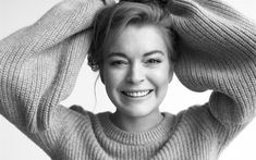 Download wallpapers Lindsay Lohan, American actress, portrait, photoshoot, smile, monochrome, American young stars