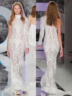 Extravagantes, figurbetontes Brautkleid aus Spitze. Formal Dresses, Fashion, Lace, Bridal Gown, Figurine, Gowns, Moda, Formal Gowns, Fasion