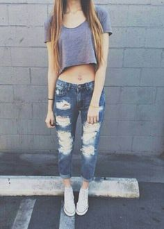 Check out how to style boyfriend jeans coz boyfriend jeans are the bae;)