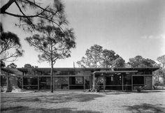 https://flic.kr/p/2B3Bu3 | Mr. and Mrs. Albert Siegrist House, Venice, Florida, 1953