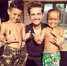 Papa mars and grandsons