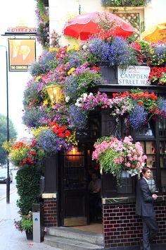 Churchill Arms Kensington Church Street, London