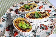 Korvasienipiirakka Tacos, Muffin, Eggs, Mexican, Breakfast, Ethnic Recipes, Food, Morning Coffee, Essen