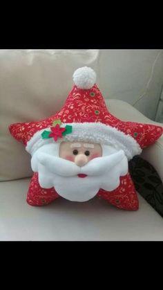 Navidad 2018 Felt Christmas Decorations, Felt Christmas Ornaments, Christmas Projects, Christmas Home, Christmas Cushions, Christmas Pillow, 242, Christmas Wonderland, Theme Noel