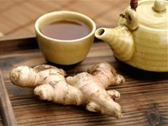 Once made into tea, you can add peppermint, honey or lemon to mask the taste of the ginger. Ginger tea is very useful in improving digestion and increasing absorption of food. Herbal Tea Benefits, Ginger Benefits, Health Benefits, Superfood, Jugo Natural, Relieve Gas, Ginger Drink, Fresh Ginger, Ginger Plant