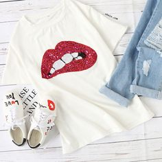 Contrast Sequin Lip Print T-shirt Trendy Outfits, Summer Outfits, Cute Outfits, Fashion Outfits, Old Fashioned Love, Urban Street Style, All About Fashion, Boho, Get Dressed