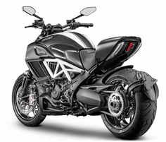 Luusama Motorcycle And Helmet Blog News: 2015 Ducati Diavel Carbon