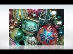 Frank Sinatra serenades you through a sampling of Glittermoon Vintage Christmas designs. ©Glittermoon Productions LLC 2013