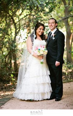 Trisha & Ross, congratulations on your Style Me Pretty feature ! we feel so happy and lucky to have met you and had the beautiful opportunity of working with such an amazing team !Style Me Pretty Feature Trisha & RossQuinta MazatlanDream Weddings by All Party RentalsCynthia's Cakes…