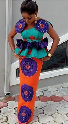 Latest Ankara Styles for wedding: Check out 55 Beautiful And Stylish Ankara Styles For Wedding African Fashion Ankara, Ghanaian Fashion, Latest African Fashion Dresses, African Inspired Fashion, African Dresses For Women, African Print Dresses, African Print Fashion, Africa Fashion, African Attire