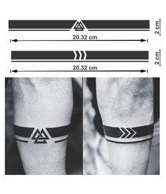 Armband Tattoo Mann, Armband Tattoos For Men, Armband Tattoo Design, Wrist Tattoos For Guys, Small Tattoos For Guys, Mom Tattoos, Tatoos, Black Band Tattoo, Wrist Band Tattoo
