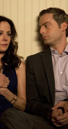 Still of Mary-Louise Parker and Justin Kirk (I) in Weeds (2005)