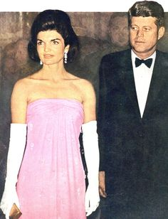 "President John Fitzgerald Kennedy (May 29, 1917 – November 22, 1963) and First Lady Mrs Jacqueline Lee (Bouvier) Kennedy Onassis ""Jackie"" (July 28, 1929 – May 19, 1994) ♡❤❤❤♡❤♡❤❤❤♡ http://en.wikipedia.org/wiki/Jacqueline_Kennedy_Onassis http://www.nps.gov/jofi/index.htm"