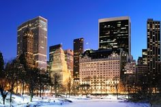 £570    #NewYork during the winter. Just like a Meg Ryan romantic-comedy.    Save 65% on a New York Stay with Flights