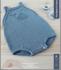 Per quelli che nasceranno questa estate Knit Baby Sweaters, Knitted Baby Clothes, Knitting For Kids, Baby Knitting Patterns, Baby Romper Pattern Free, Baby Boy Outfits, Kids Outfits, Crochet Baby, Knit Crochet