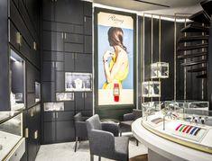 Poiray store by centdegrés, Paris France watches jewellry Design Shop, Shop Front Design, Shop Interior Design, Retail Design, Store Design, Decoration Bedroom, Decoration Design, Commercial Interior Design, Commercial Interiors